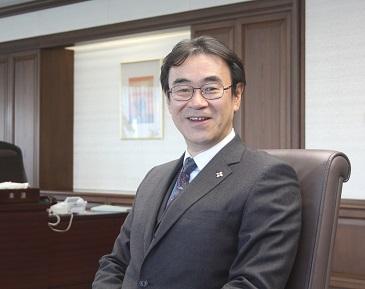 黒川弘務検事長の退職金はいくら?訓告も満額7,000万円超で年収も破格?